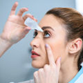 hoe moet je oogdruppels gebruiken